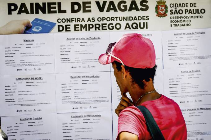 EMPREGO-DESEMPREGO-2020-1.JPG