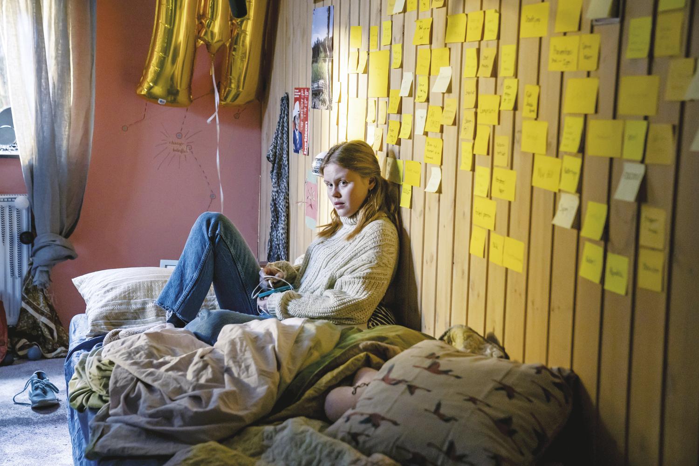 O FIO DA MEADA- Andrea Gadeberg, como a filha: à procura de um nexo -