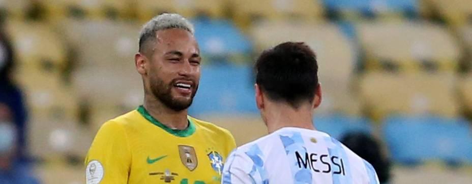 Neymar e Messi durante final da Copa América, no Maracanã -