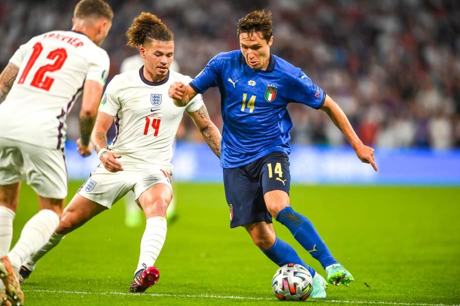 Kalvin Phillips e Federico Chiesa na final da Euro