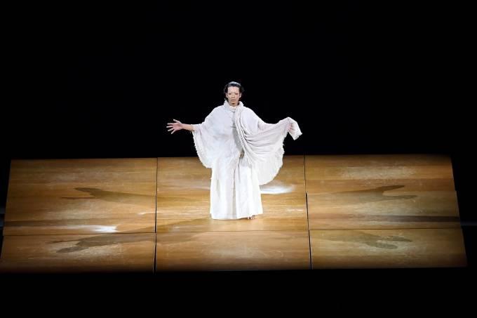 Mirai Moriyama se apresenta na abertura dos Jogo de Tóquio