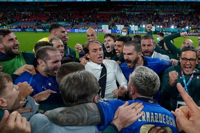 Mancini comandou a Itália ao título da última Eurocopa -