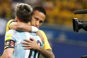 BELO HORIZONTE, BRAZIL - NOVEMBER 10: Neymar (10) of Brazil hugs Lionel Messi of Argentina (L) during the FIFA 2018 World Cup Qualifier match between Brazil and Argentina at Mineirao Stadium in Belo Horizonte, Brazil on November 10, 2016. (Photo by Leonardo Benassatto/Anadolu Agency/Getty Images)