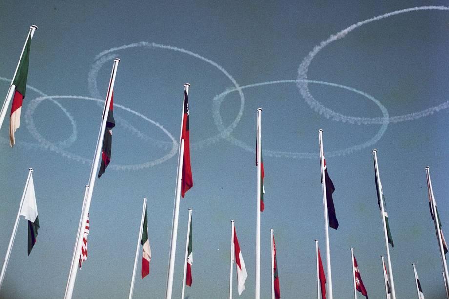 Cerimônia de abertura das Olímpiadas de 1964, em Tóquio -