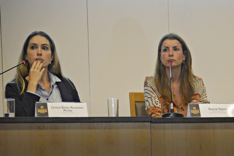 INSATISFAÇÃO -As promotoras Letícia Emile e Simone Sibílio: pedido de afastamento do caso -