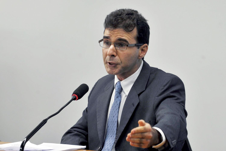 SUSPEITA - O procurador Lucas Furtado: lista de autoridades pode ser maior do que se imagina -