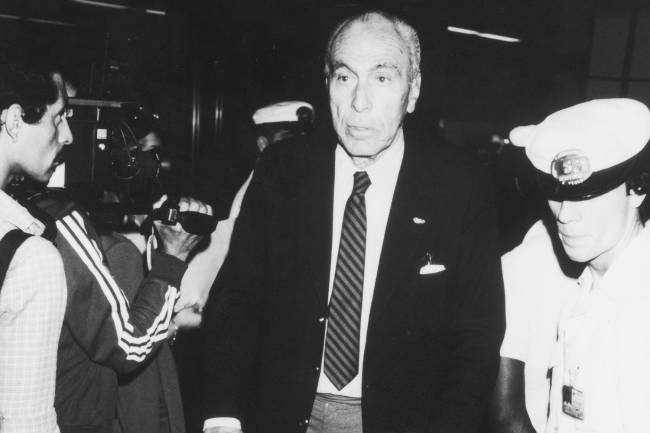 Sylvio Padilha, presidente de COB, desembarcando no Aeroporto -
