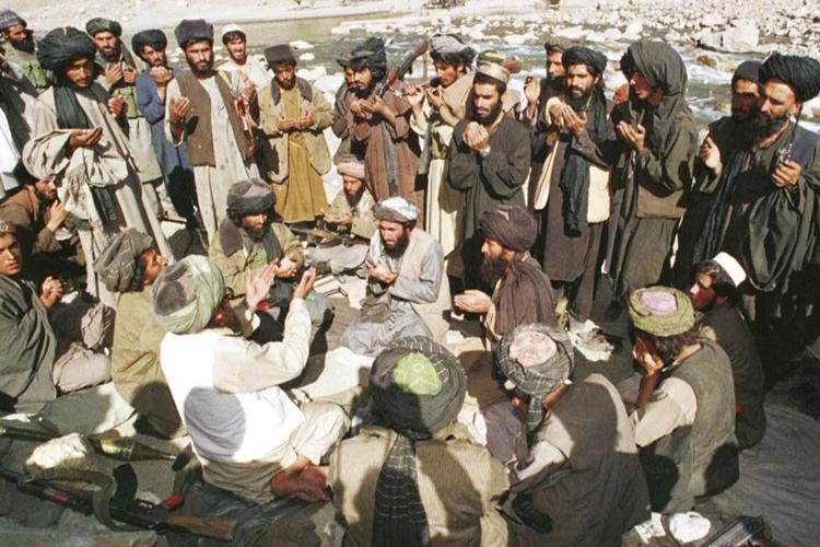 EXTREMISMO -Guerreiros no Afeganistão: o risco das sociedades baseadas em textos religiosos -