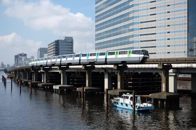 Tokyo Monorail – Carlos Kato