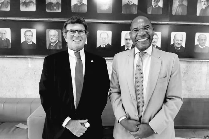 José Vicente, reitor da Universidade Zumbi dos Palmares, e Luiz Fux, presidente do STF