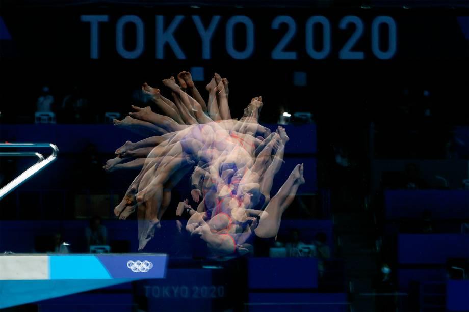 As japonesas Matsuri Arai e Minami Itahashi na final do salto ornamental sincronizado -