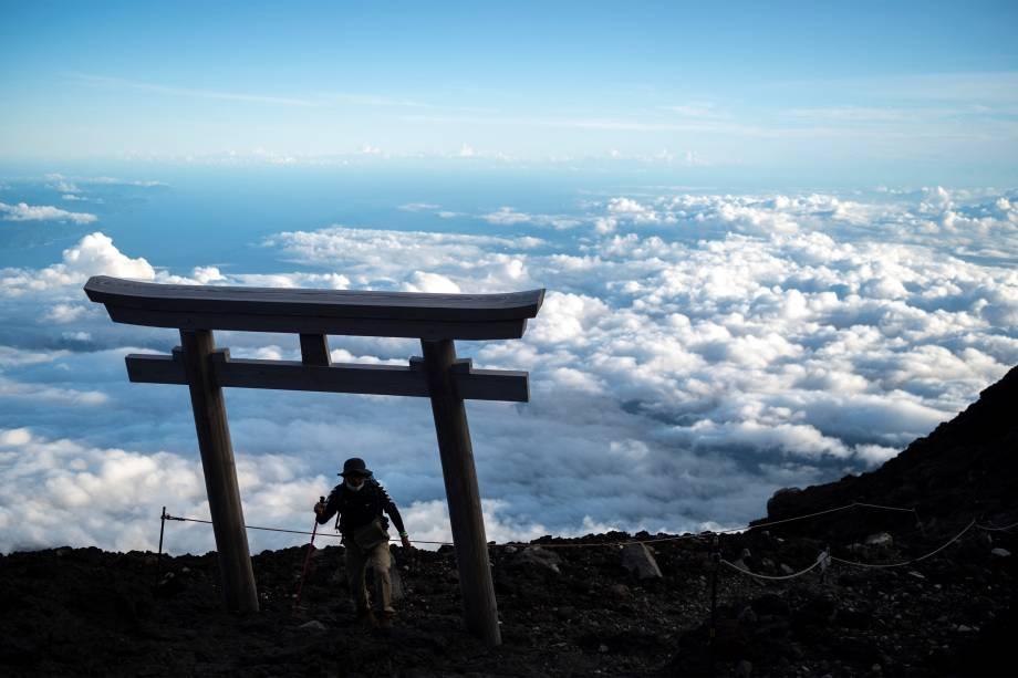 Alpinistas no Monte Fuji -