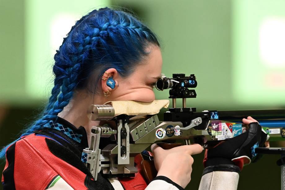 Seonaid Mcintosh, da Grã-Bretanha, na prova de rifle de ar comprimido 10m -