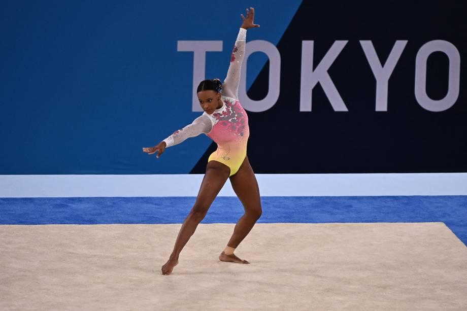 A brasileira Rebeca Andrade durante sua performance -