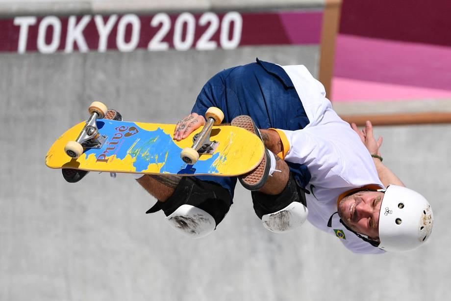 O brasileiro Pedro Barros durante sua performance no skate na modalidade park -