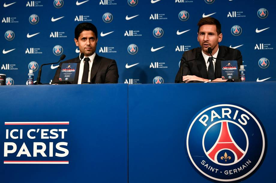 Messi e o presidente do Paris Saint-Germain,Nasser Al-Khelaifi -