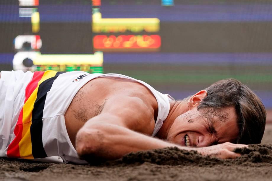 Thomas van der Plaetsen, da Bélgica, sofre lesão no salto em distância em prova do decatlo -
