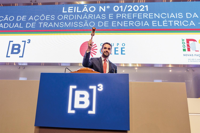 DINHEIRO EXTRA- Eduardo Leite: o governador gaúcho bate o martelo na privatização da estatal de transmissão de energia -