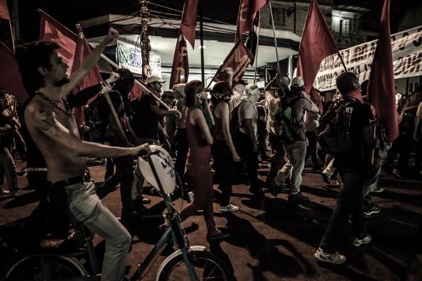 População protestou contra a realização da Copa das Confederações durante a partida