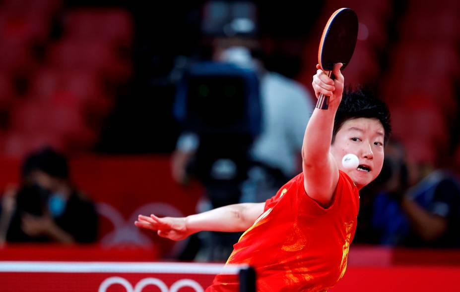Sun Yingsha, da China, durante partida pelo tênis de mesa -