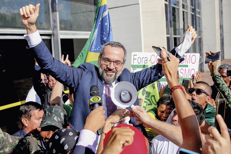 ACLAMADO -Weintraub: o ex-titular da Educação tem fã-clube entre os radicais -