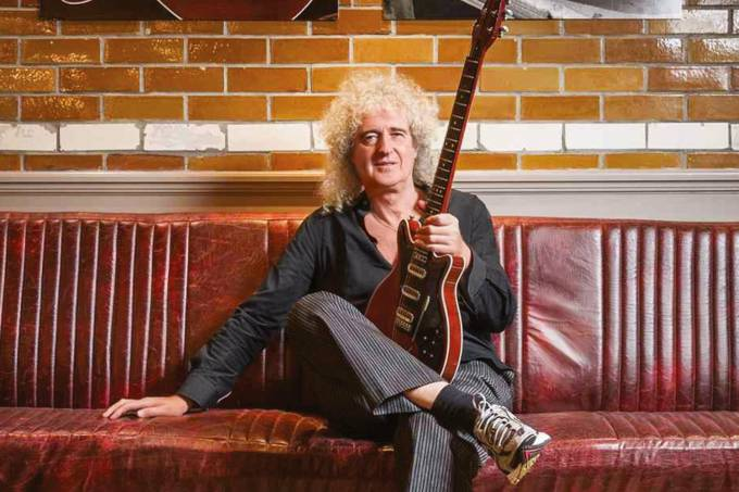 BRIAN MAY – INSTAGRAM @BRIANMAYOFFICIAL.jpg