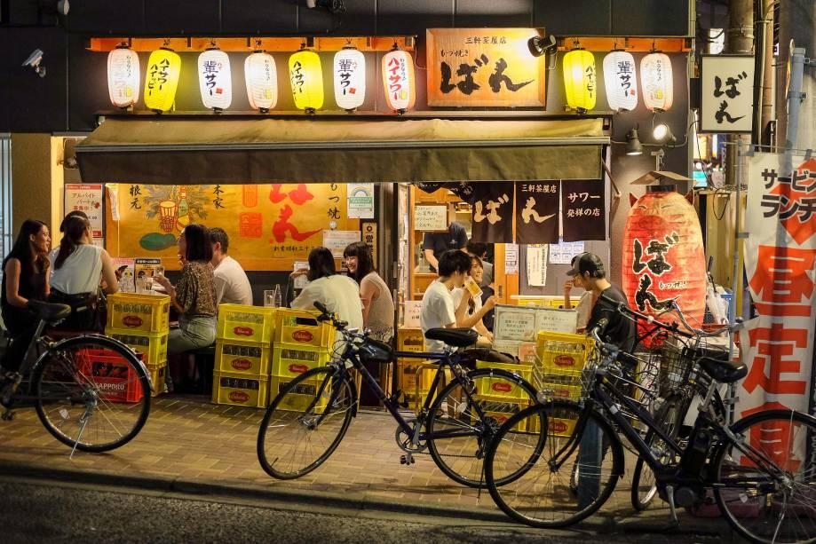 Bar em Sangenjaya