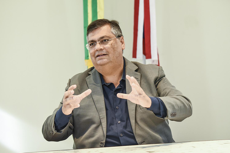 PONTE -Dino: agora no PSB, o governador maranhense é aliado importante de Lula -
