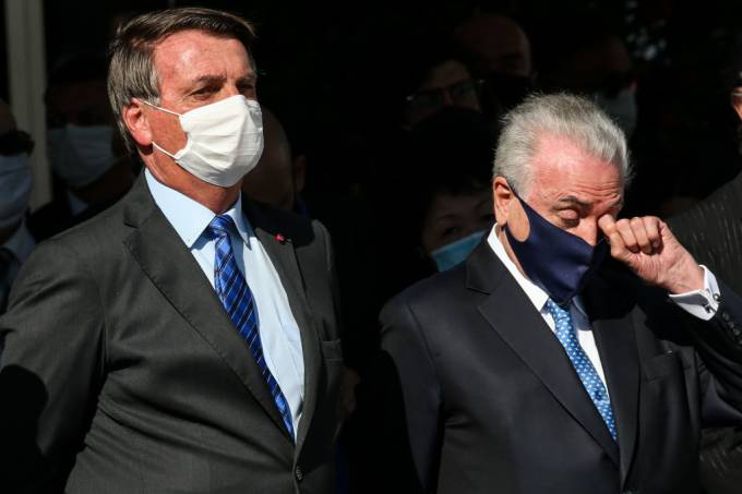 Bolsonaro Sends Off the Brazilian Mission to Lebanon Amidst the Coronavirus (COVID – 19) Pandemic