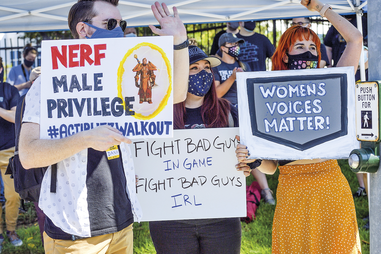 PRESSÃO -Protesto em frente à Blizzard: greve e carta aberta -