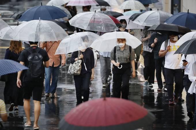 Tokyo logs record 5,773 COVID-19 cases