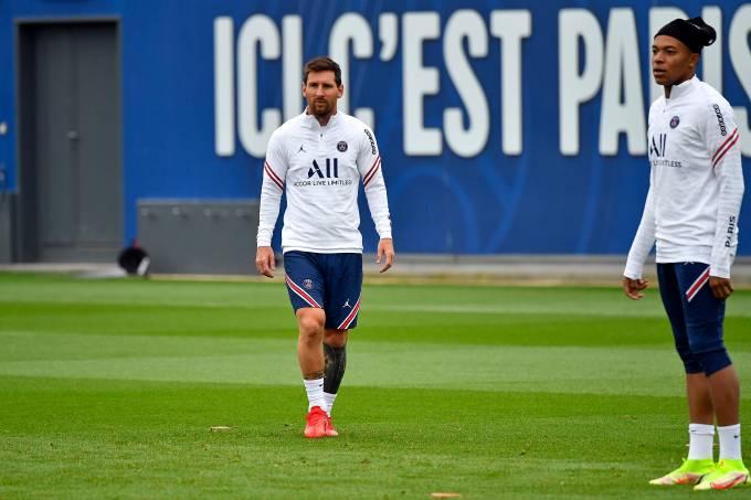 Paris Saint-Germain Training Session and Press Conference