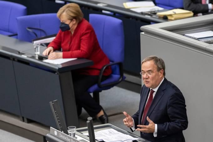 Merkel Speaks At The Bundestag