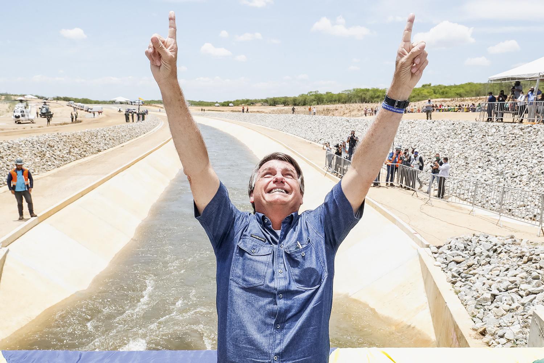 ESTRATÉGIA -Bolsonaro: programa de distribuição de renda e uma temporada de inaugurações para ganhar votos na região -