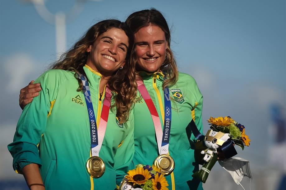 Martine Grael e Kahena Kunze conquistam o ouro na classe 49er FX da vela -