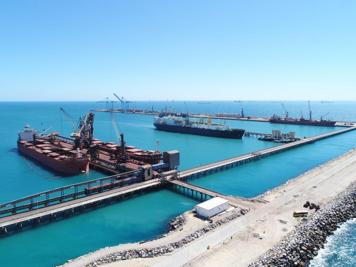 Vista do complexo portuário de Pecém, no município de Caucaia (CE)