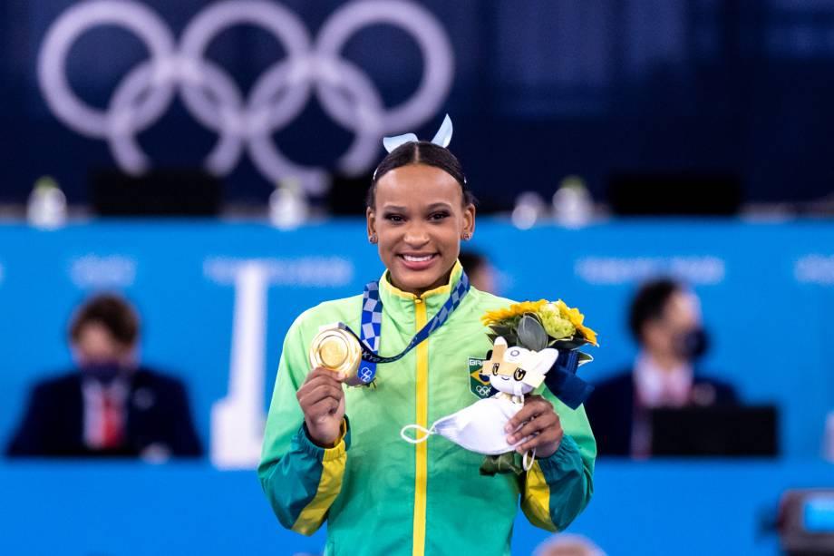 A ginasta Rebeca, do Brasil, ganha o ouro na final por aparelho -