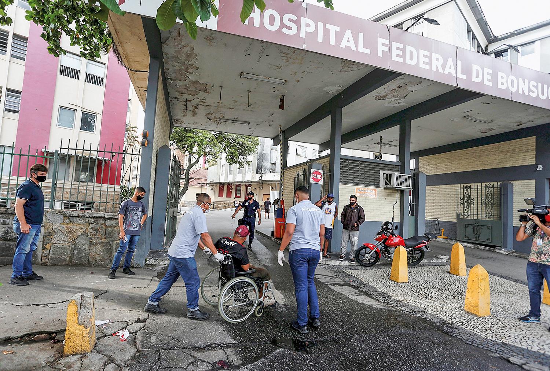 PLANO A -O general se mexe no Rio: alta influência nos hospitais federais -