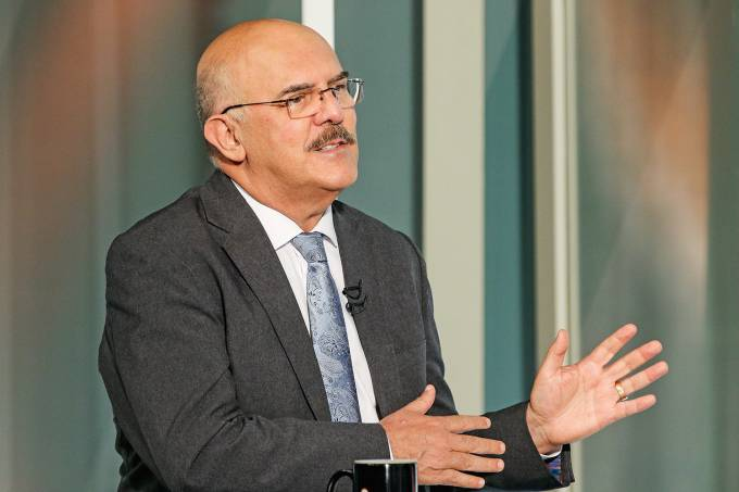 O ministro da Educação Milton Ribeiro, participa do programa Sem Censura, na TV Brasil