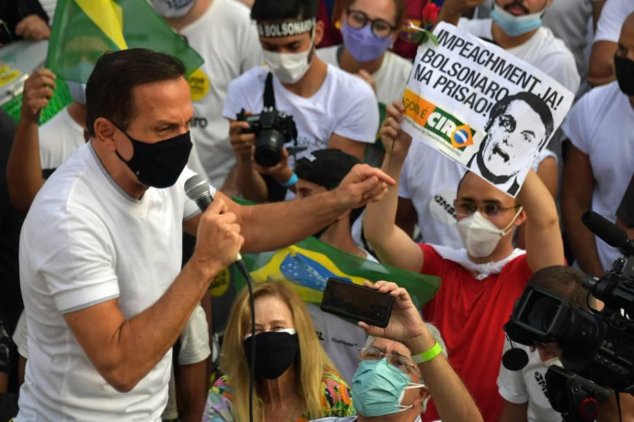 Governador de São Paulo, João Doria, participa de protesto pedindo pelo impeachment do president Jair Bolsonaro -