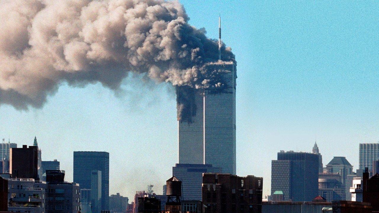 Cena do documentário '11/09 - A Vida Sob Ataque'