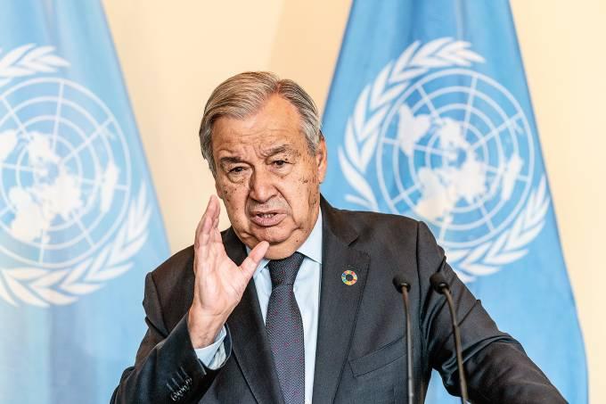 UN Secretary-General Antonio Guterres addresses the media on