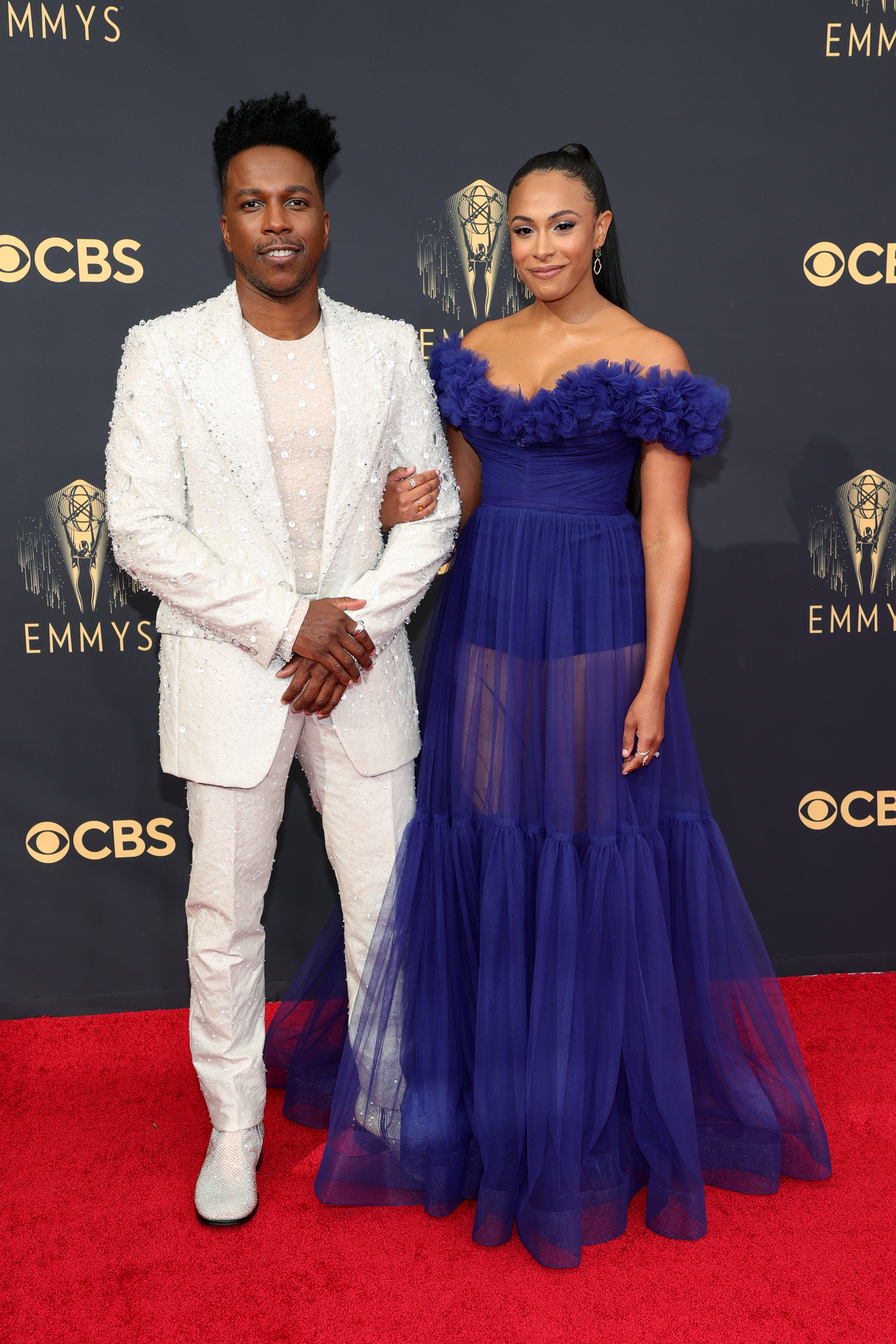 LOS ANGELES, CALIFORNIA - SEPTEMBER 19: (L-R) Leslie Odom Jr. and Nicolette Robinson attend the 73rd Primetime Emmy Awards at L.A. LIVE on September 19, 2021 in Los Angeles, California. (Photo by Rich Fury/Getty Images)