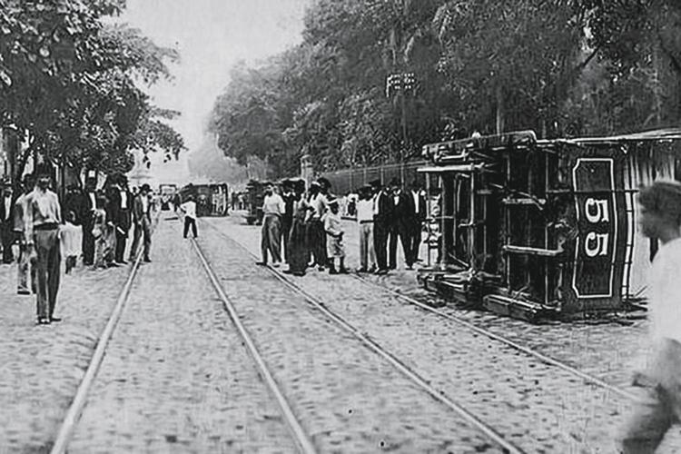 LEVANTE -Revolta da Vacina, em 1904: em meio a um surto de varíola, a população se rebelou contra a vacinação -