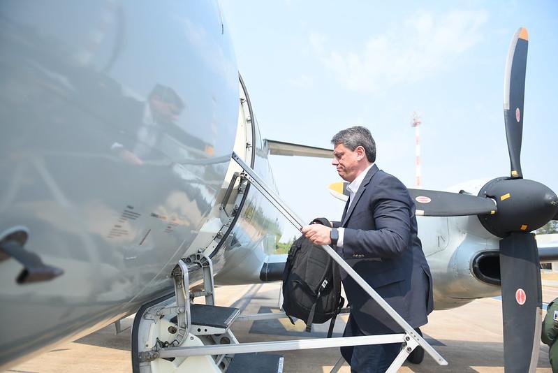 O ministro da Infraestrutura, Tarcísio de Freitas, durante visita a Santos (SP)