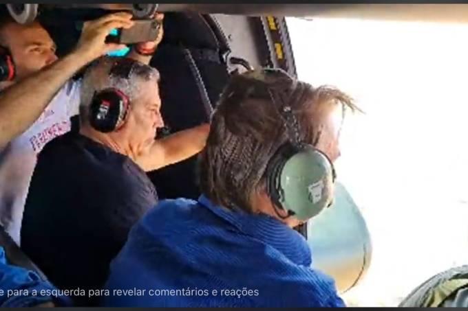 O presidente Jair Bolsonaro faz sobrevoo sobre manifestação na Esplanada dos Ministérios acompanhado do ministro da Defesa, Walter Braga Netto, e do seu filho, o deputado federal Eduardo Bolsonaro