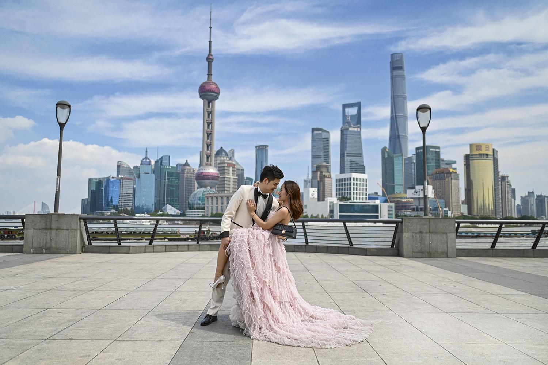 ASSIM NÃO -Noivos à ocidental: cruzada pela tradição e contra o divórcio -