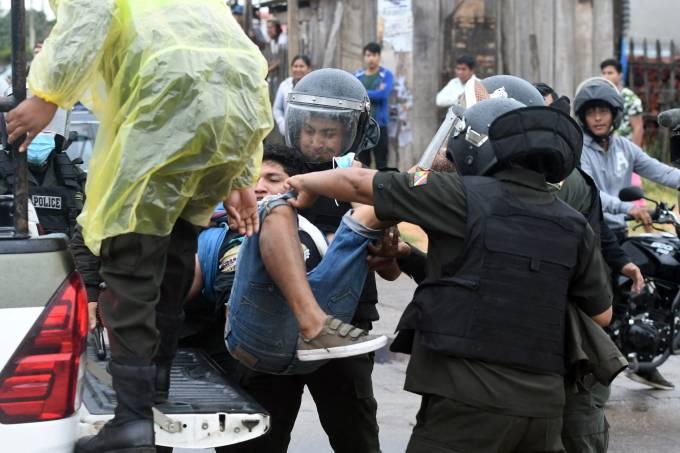 BOLIVIA-DEMONSTRATION-LAW-PROFITS