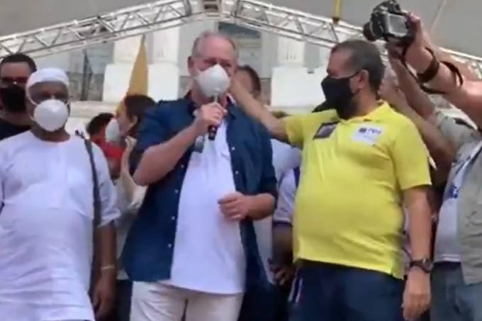 Ciro protesto 2