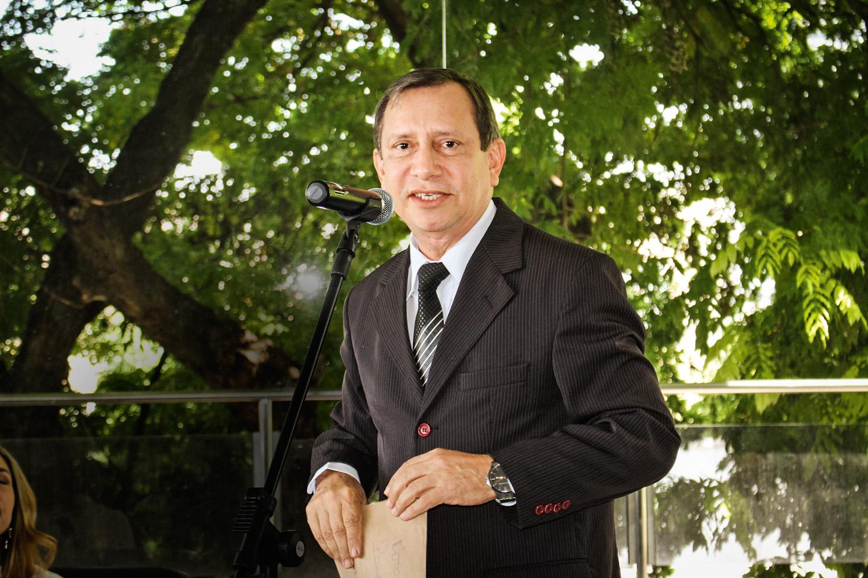 AMIZADE - Pinheiro: o desembargador pediu ao senador uma mesada e um carro para a ex-funcionária -
